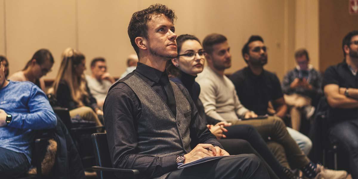 Conférencier principal sur les médias sociaux et expert en marketing : Stephan M. Czaja